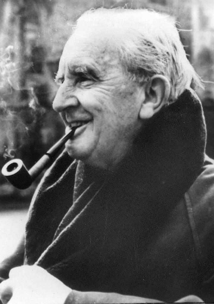 J. R. R. Tolkien l Gráfica Cores